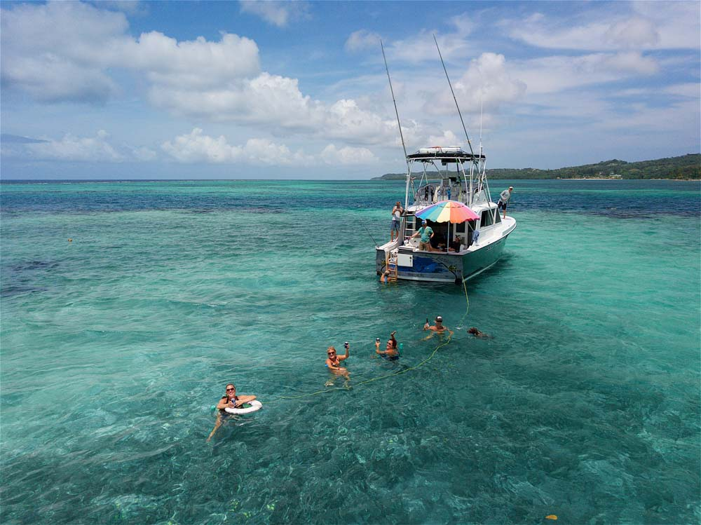Take a dip in the crystal clear waters along Roatan's Northshore
