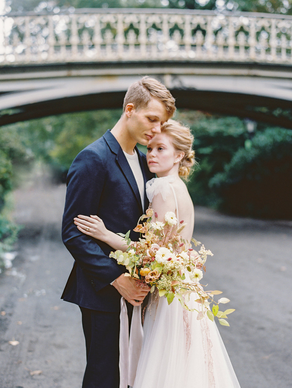 kelsandmichael_bridaleditorial_harvestelopement-73.jpg