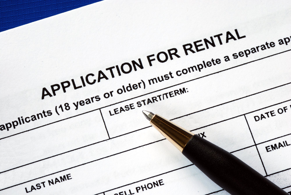 Rental property tenant screening process