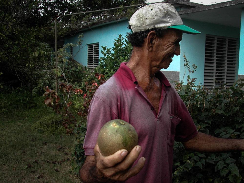 Rafael_with grapefruit.jpg