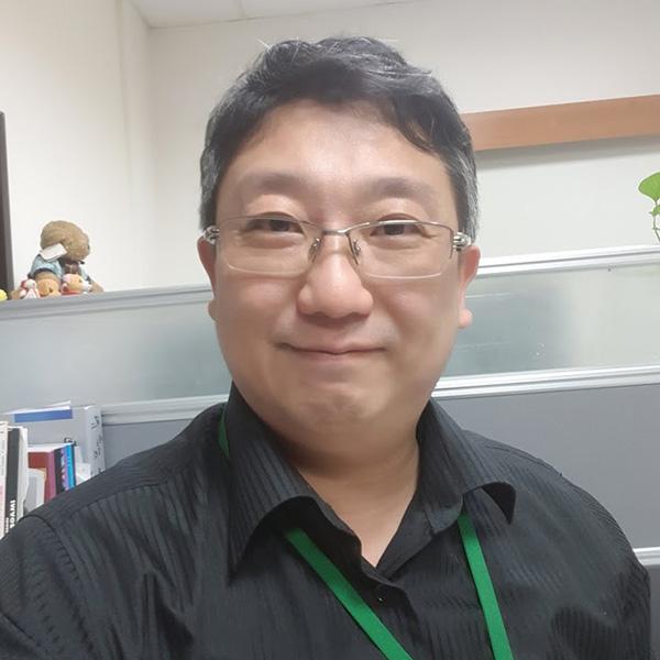 陳俊岑.jpg