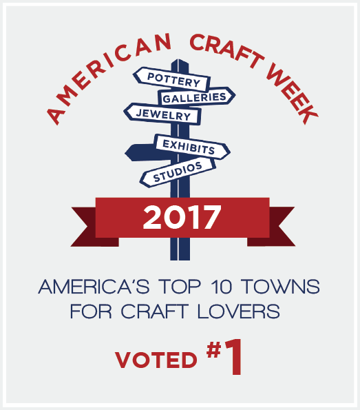 Top10Towns_Badge_2017-no1-background.png