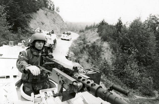 BA01, den första svenska kontingenten ner till krigets balkan, kastades rakt in i ett krig. Foto:Jonas Lindqvist/Scanpix