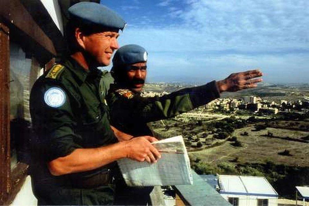 Jarl Lundgren under ett av sina många utlandsuppdrag. Denna man är utan tvekan en svensk hjälte. Foto: NWT