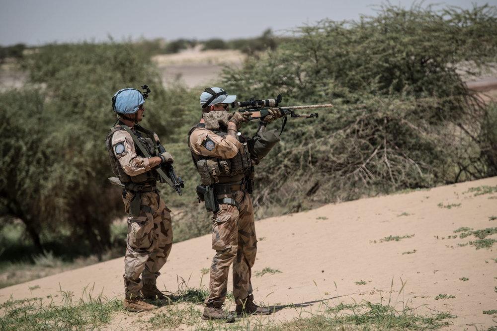 Prickskytt ur den svenska malistyrkan. MINUSMA (Mission multidimensionnelle intégrée des Nations unies pour la stabilisation au Mali) är Förenta Nationernas fredsbevarande insats i Mali. Foto: Försvarsmakten.
