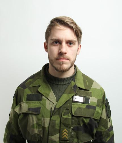 Per Wallin heter jag och är utgivare av nyhetsbrevet Militärt.