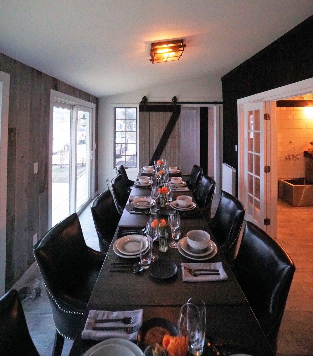 Sea Street Inn - Hyannis - Dining