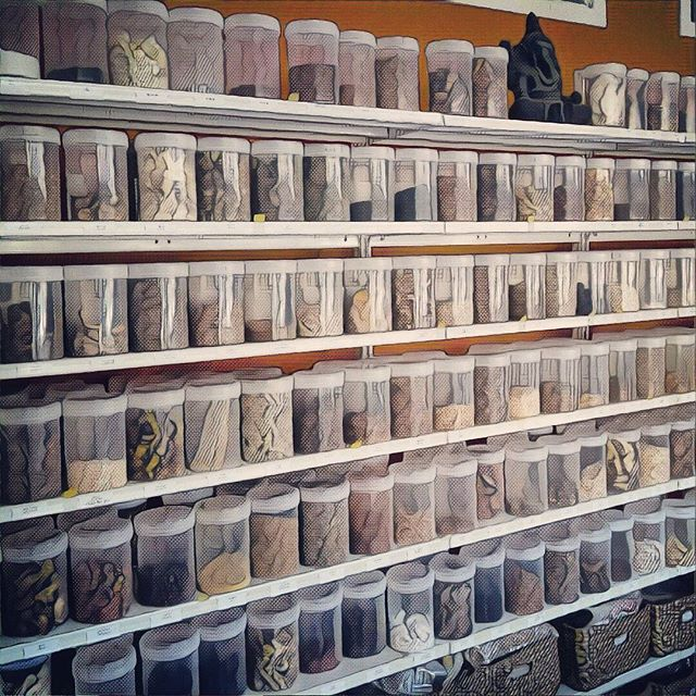 We have a full raw Chinese herbal dispensary at Coburg Chinese Medicine with roughly 280 herbs. Following a Chinese herbal consultation a individualised formula will be made from 5-10 herbs and then you cook them at home. They don't always taste pleasant but they are a natural and traditional way to treat your ills.  #dispensary #chineseherbs #herbs #chineseherbsftw #sydneyrd #coburg