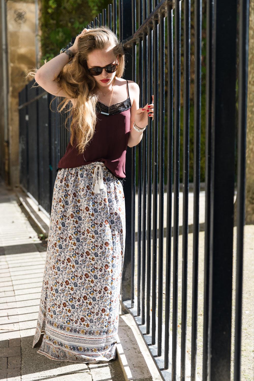 Marie-jupe-fleurs-1.jpg
