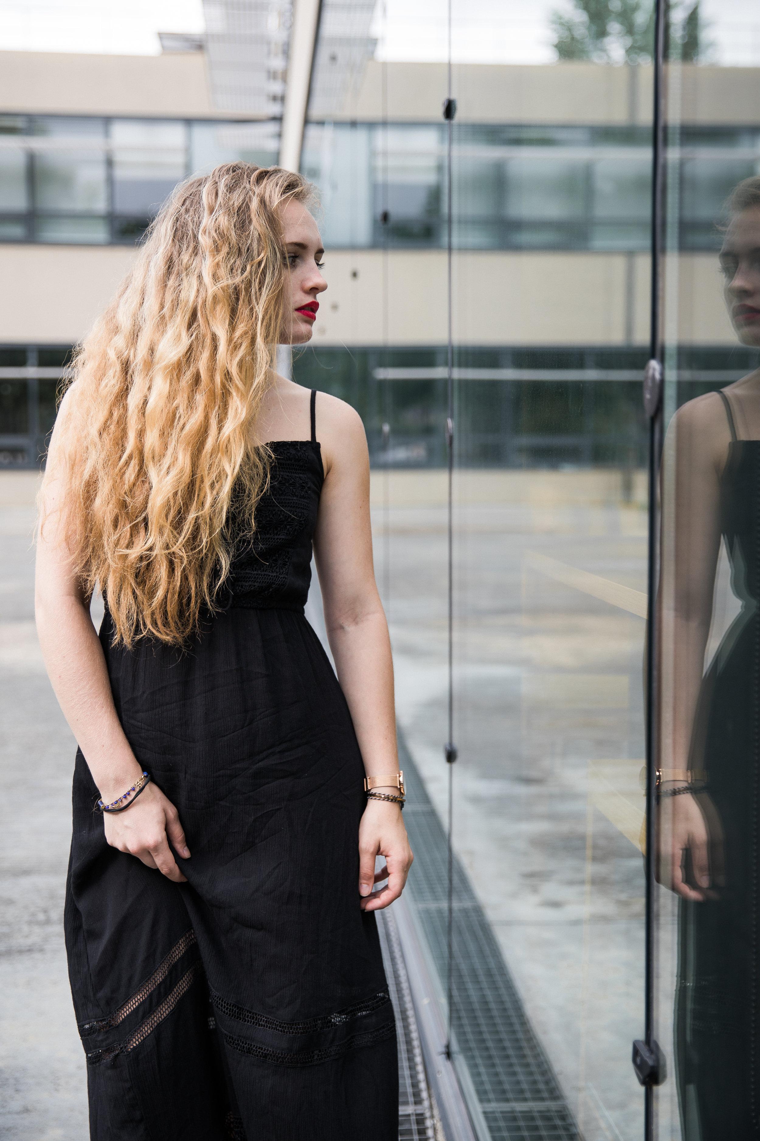 Robe longue noire