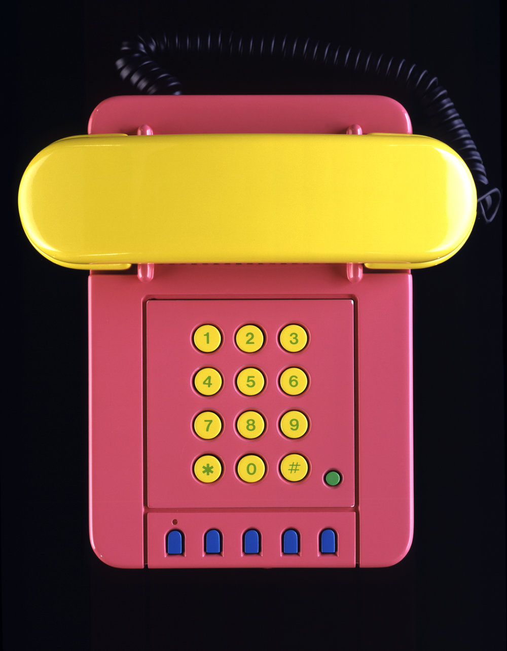 1988_Olivetti_Miram_front_pink.jpg
