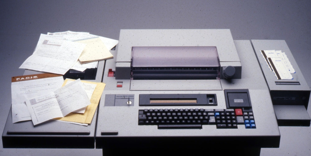 - Olivetti_TC400_Photos(03).jpg