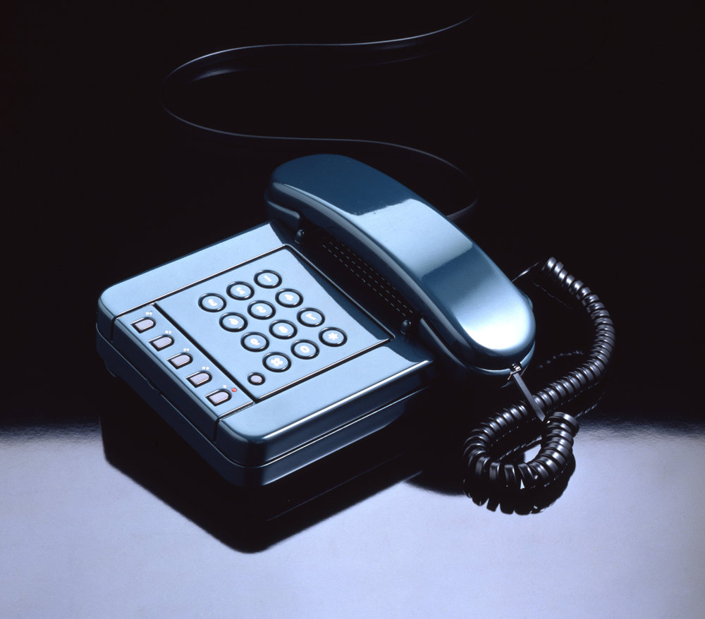 2Olivetti_Telephone_Miram_Photos(07).jpg
