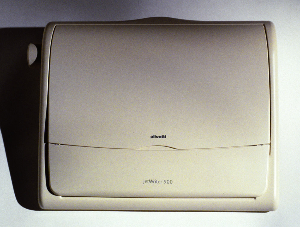 2 Olivetti_90's_ElectronicTypewriter_01 copy.jpg