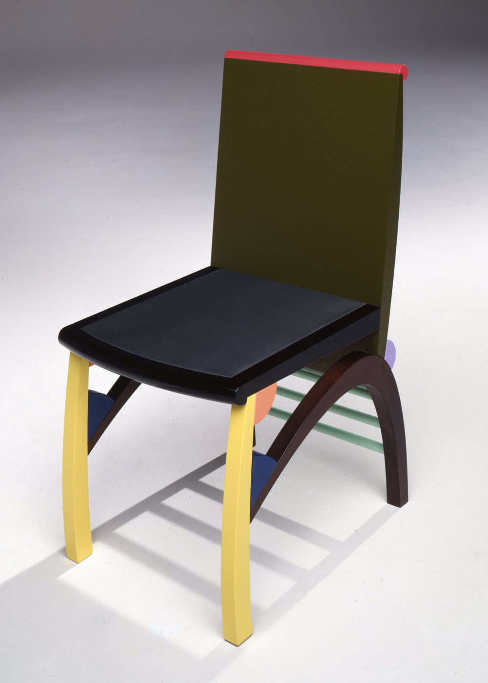 Chair by George Sowden at The Gallery Mourmans, Maastricht, 1990