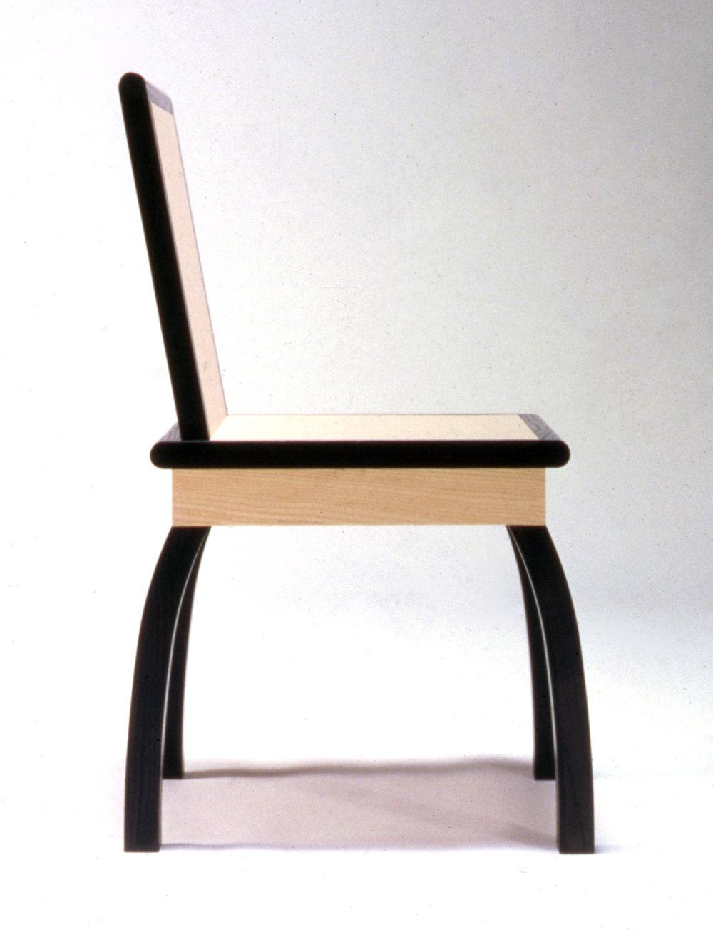 - Shizuoka_Chair_Photos(02).jpg