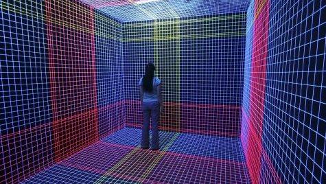 Vision stéréo - L'équipement de réalité virtuelle se compose d'outils qui se fondent sur l'un des principes de la vue humaine, la vision stéréoscopique.Grâce à un visio casque VR, chaque œil possède son propre écran. Les images de chaque écran sont ensuite traitées par le cerveau pour ne former qu'une seule perception visuelle en relief, la 3D.