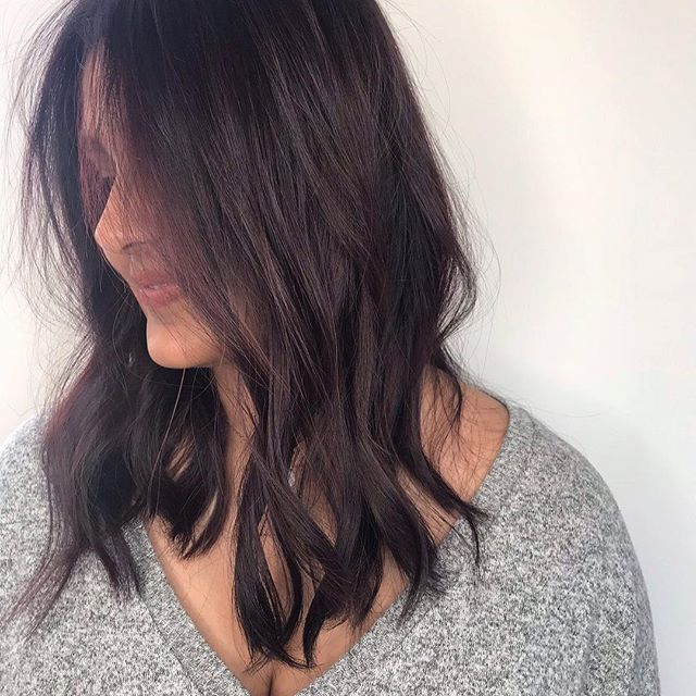 Flirty waves for summer 🌊🌊🌊blowout by @jw_haircreations . . . . . . . #chicagohair #fugacentro #blowdry #chicagostylist #hair #plum #salon #chicagosalon #waveyhair #😍