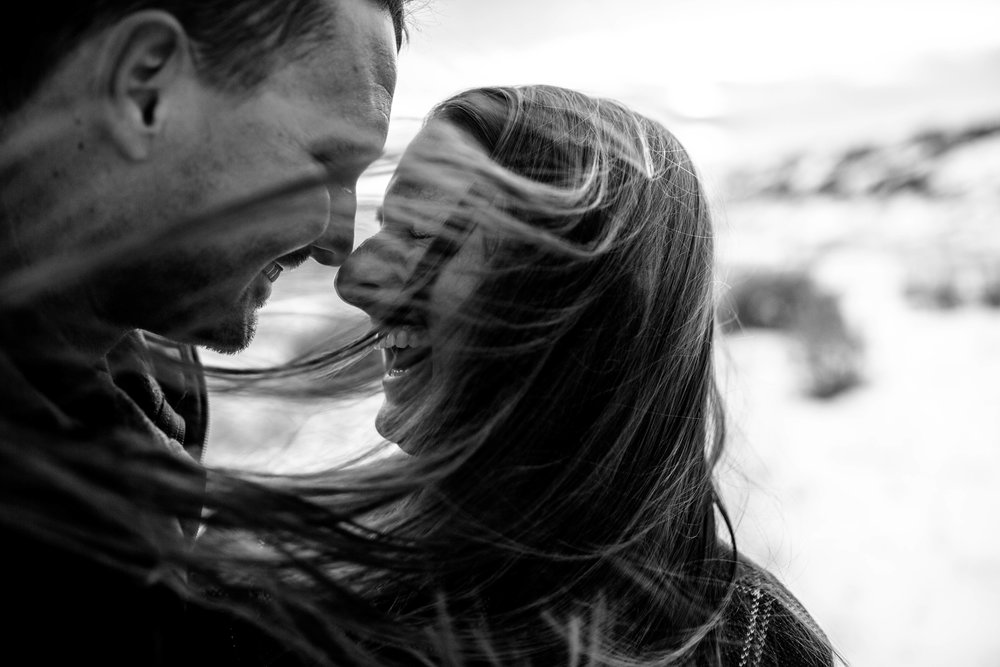 nicole-daacke-photography-grand-teton-elopement-grand-teton-wedding-national-park-wedding-adventure-wedding-adventurous-engagement-session-snowy-winter-inspiration-photographer-6.jpg