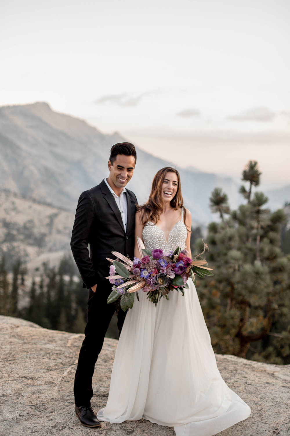 nicole-daacke-photography-yosemite-national-park-wedding-sunset-elopement-olmstead-point-yosemite-adventure-wedding-photographer-adventurous-elopement-destination-wedding-national-park-wedding-photography-1320.jpg