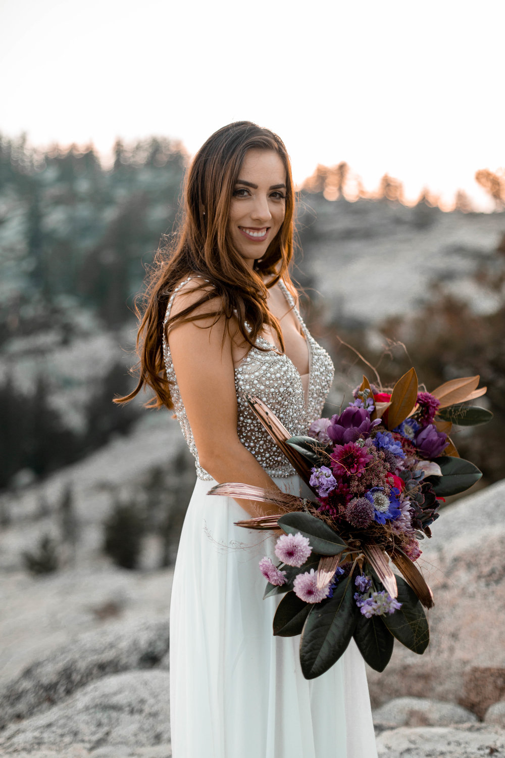 nicole-daacke-photography-yosemite-national-park-wedding-sunset-elopement-olmstead-point-yosemite-adventure-wedding-photographer-adventurous-elopement-destination-wedding-national-park-wedding-photography-1336.jpg