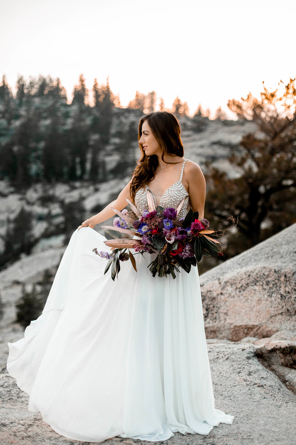 nicole-daacke-photography-yosemite-national-park-wedding-sunset-elopement-olmstead-point-yosemite-adventure-wedding-photographer-adventurous-elopement-destination-wedding-national-park-wedding-photography-1380.jpg