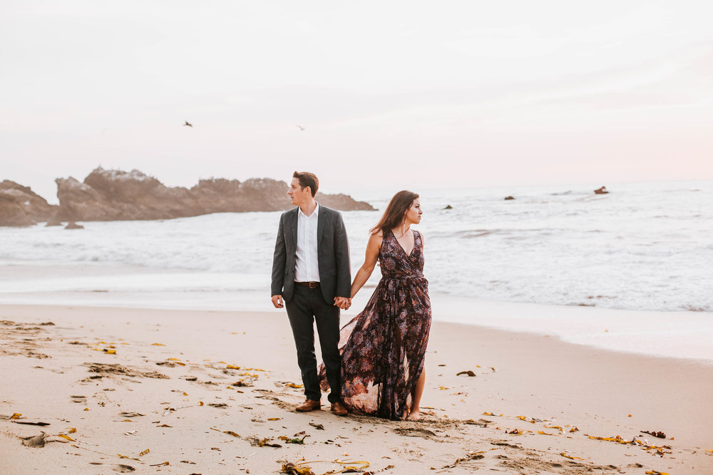 nicole-daacke-photography-big-sur-california-coast-adventure-engagement-photos-adventurous-elopement-intimate-wedding-photographer-golden-coastal-cali-engagement-session-26.jpg