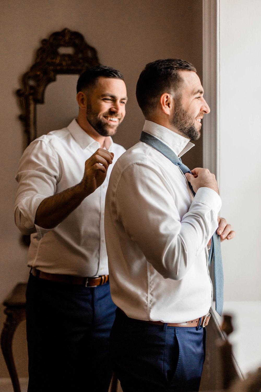 nicole-daacke-photography-intimate-wedding-in-a-lavender-field-washington-state-wedding-photographer-intimate-elopement-golden-lavender-field-wedding-photos-6.jpg