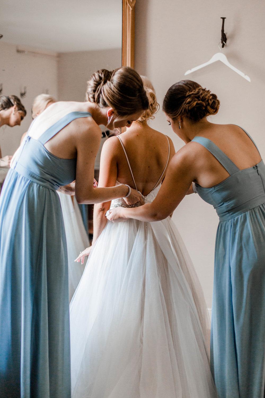 nicole-daacke-photography-intimate-wedding-in-a-lavender-field-washington-state-wedding-photographer-intimate-elopement-golden-lavender-field-wedding-photos-13.jpg