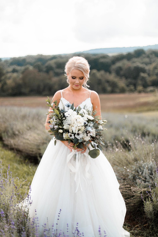 nicole-daacke-photography-intimate-wedding-in-a-lavender-field-washington-state-wedding-photographer-intimate-elopement-golden-lavender-field-wedding-photos-28.jpg