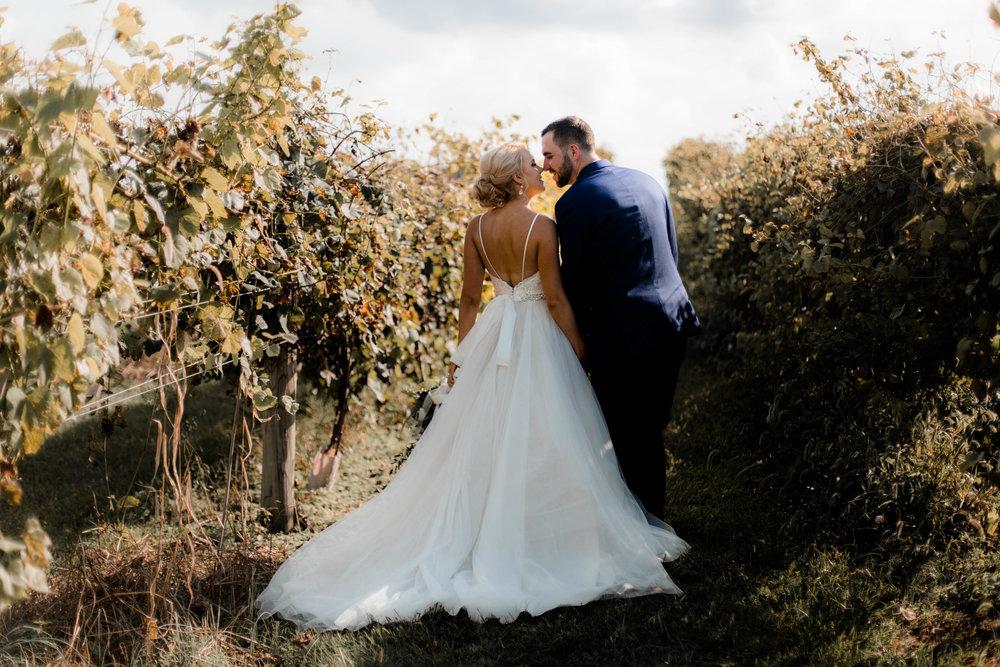 nicole-daacke-photography-intimate-wedding-in-a-lavender-field-washington-state-wedding-photographer-intimate-elopement-golden-lavender-field-wedding-photos-35.jpg