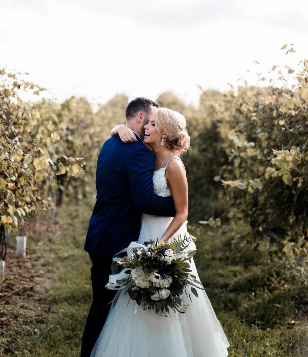 nicole-daacke-photography-intimate-wedding-in-a-lavender-field-washington-state-wedding-photographer-intimate-elopement-golden-lavender-field-wedding-photos-38.jpg