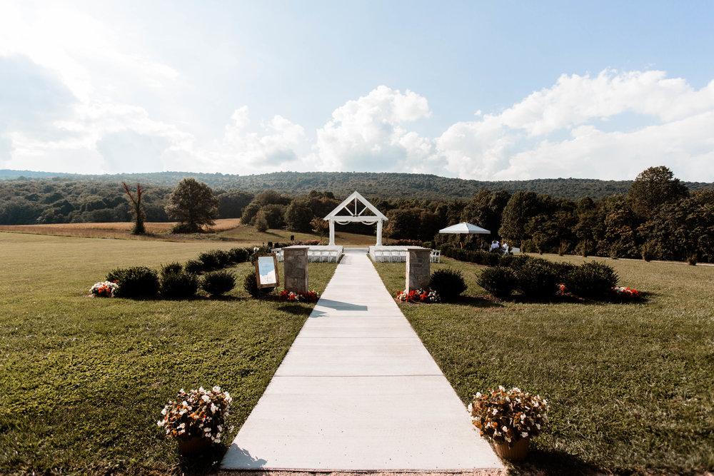nicole-daacke-photography-intimate-wedding-in-a-lavender-field-washington-state-wedding-photographer-intimate-elopement-golden-lavender-field-wedding-photos-40.jpg
