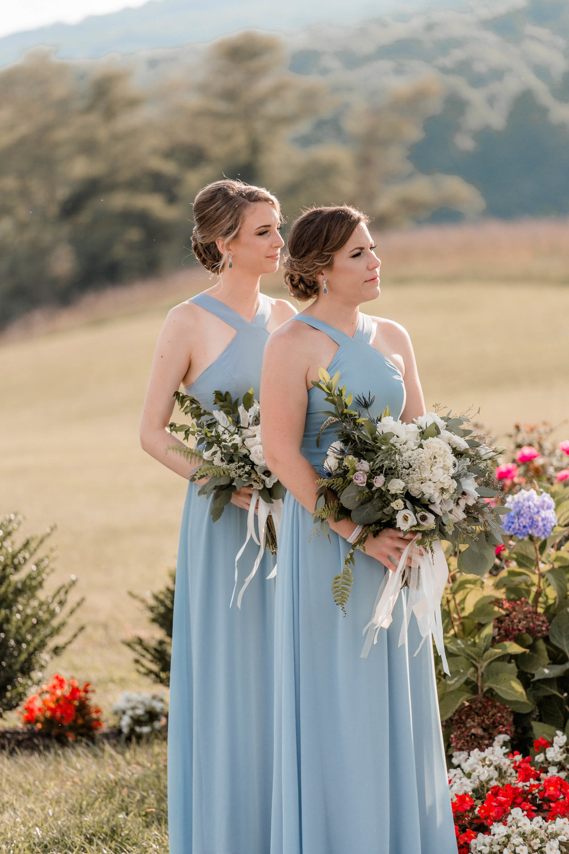 nicole-daacke-photography-intimate-wedding-in-a-lavender-field-washington-state-wedding-photographer-intimate-elopement-golden-lavender-field-wedding-photos-48.jpg
