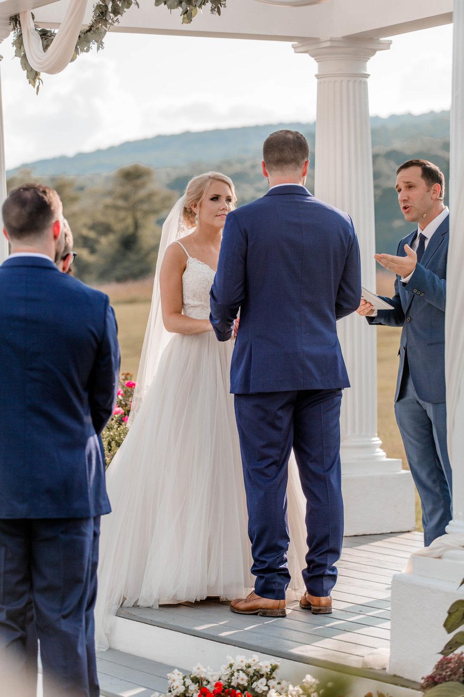 nicole-daacke-photography-intimate-wedding-in-a-lavender-field-washington-state-wedding-photographer-intimate-elopement-golden-lavender-field-wedding-photos-49.jpg