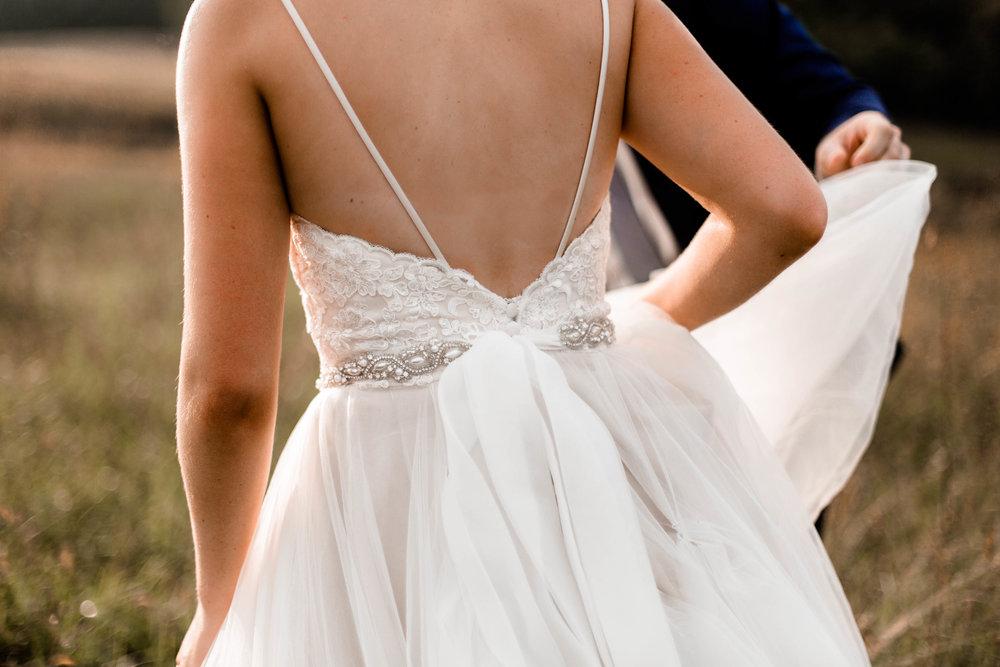 nicole-daacke-photography-intimate-wedding-in-a-lavender-field-washington-state-wedding-photographer-intimate-elopement-golden-lavender-field-wedding-photos-54.jpg