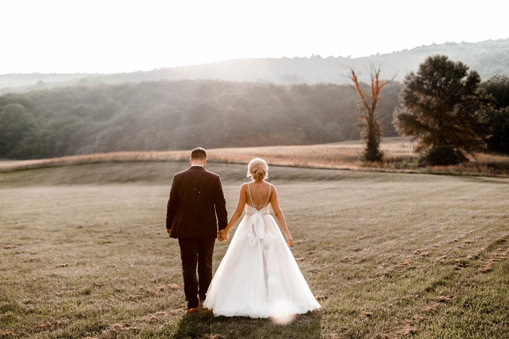nicole-daacke-photography-intimate-wedding-in-a-lavender-field-washington-state-wedding-photographer-intimate-elopement-golden-lavender-field-wedding-photos-51.jpg