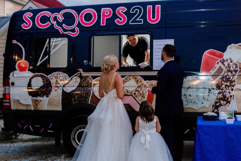 nicole-daacke-photography-intimate-wedding-in-a-lavender-field-washington-state-wedding-photographer-intimate-elopement-golden-lavender-field-wedding-photos-70.jpg