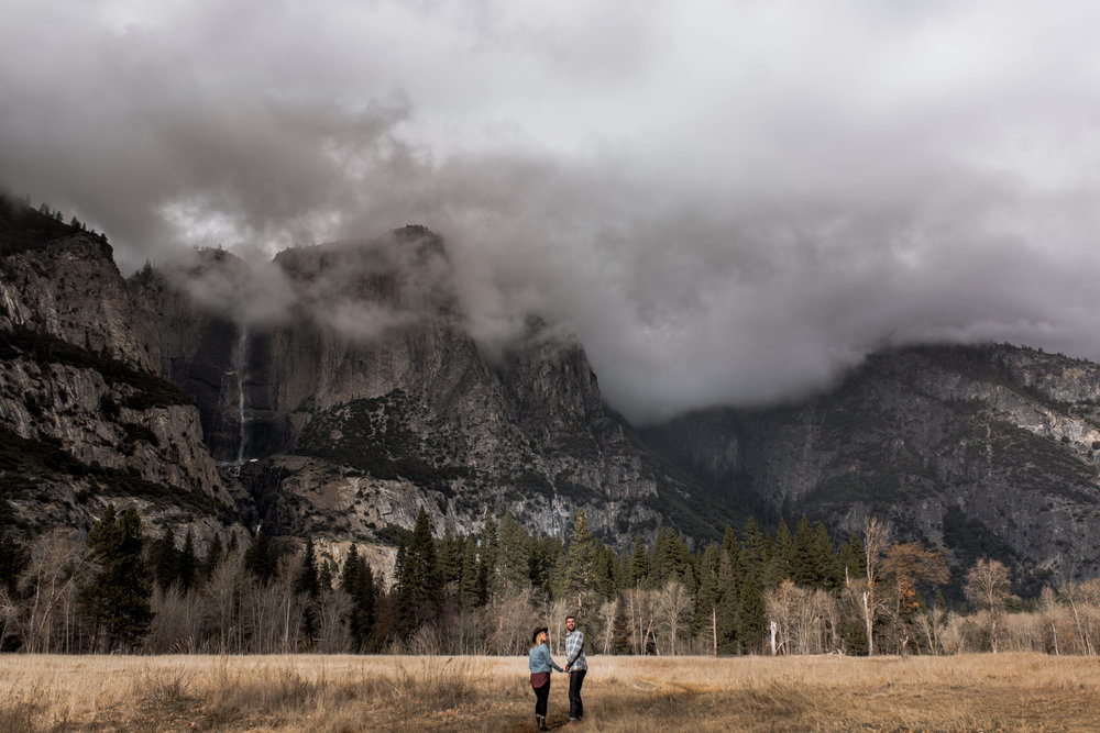 nicole-daacke-photography-yosemite-national-park-engagement-session-yosemite-valley-adventure-session-california-6.jpg
