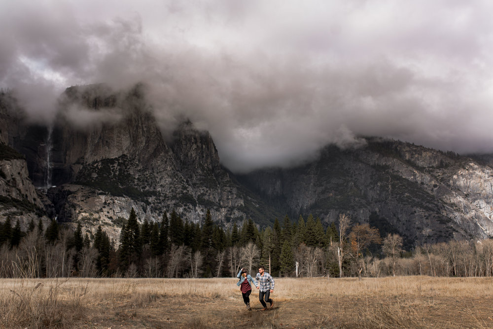 nicole-daacke-photography-yosemite-national-park-engagement-session-yosemite-valley-adventure-session-california-7.jpg