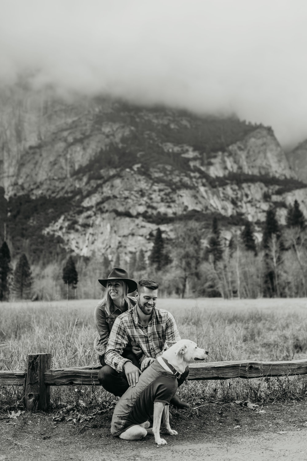 nicole-daacke-photography-yosemite-national-park-engagement-session-yosemite-valley-adventure-session-california-37.jpg
