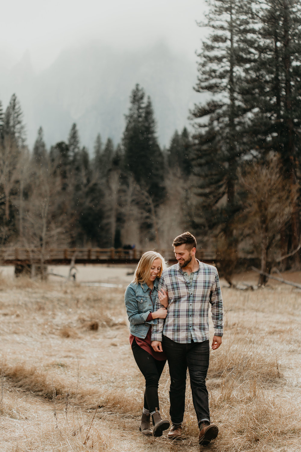 nicole-daacke-photography-yosemite-national-park-engagement-session-yosemite-valley-adventure-session-california-68.jpg