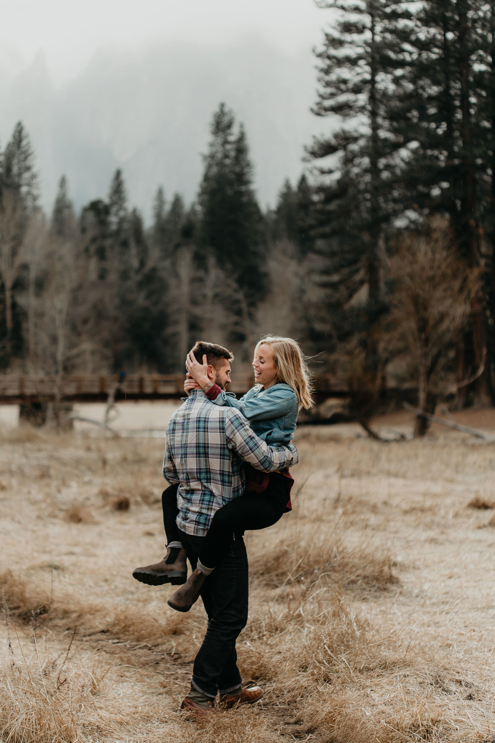 nicole-daacke-photography-yosemite-national-park-engagement-session-yosemite-valley-adventure-session-california-71.jpg