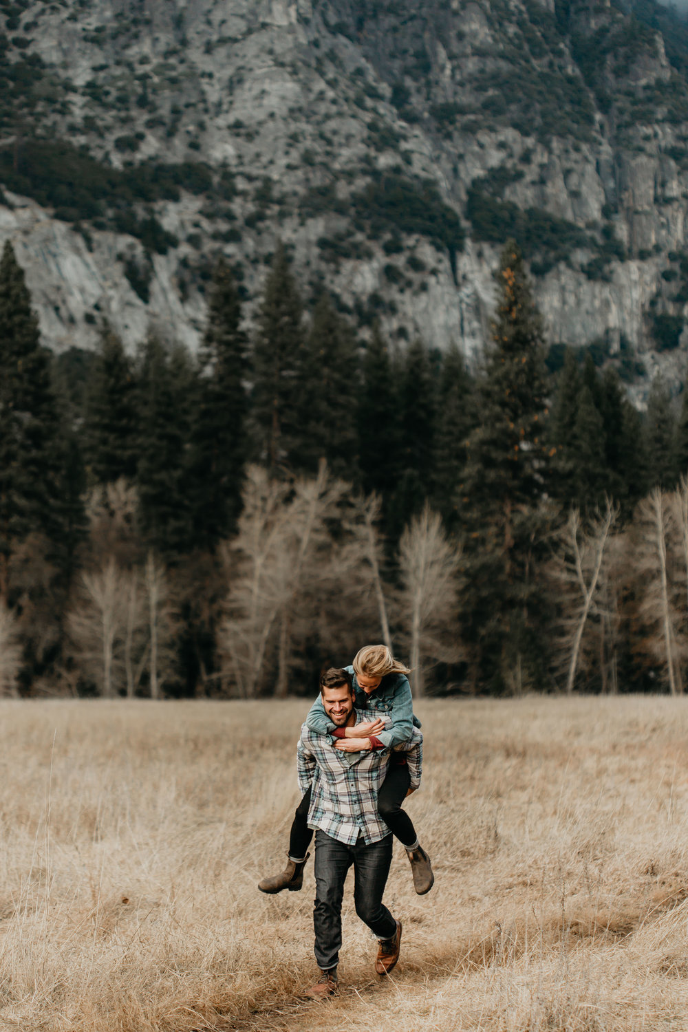nicole-daacke-photography-yosemite-national-park-engagement-session-yosemite-valley-adventure-session-california-77.jpg