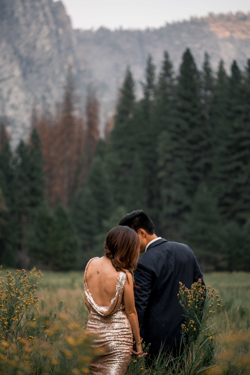 nicole-daacke-photography-yosemite-national-park-adventurous-engagement-session-half-dome-engagement-session-anniversary-photographer-yosemite-elopement-photographer-yosemite-intimate-wedding-photography-9.jpg