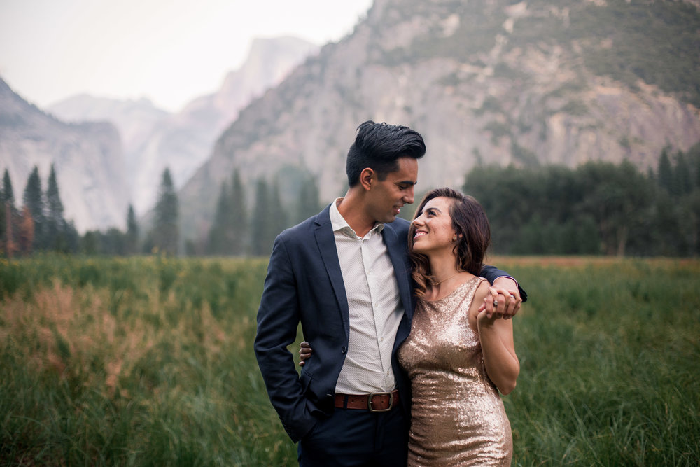 nicole-daacke-photography-yosemite-national-park-adventurous-engagement-session-half-dome-engagement-session-anniversary-photographer-yosemite-elopement-photographer-yosemite-intimate-wedding-photography-32.jpg