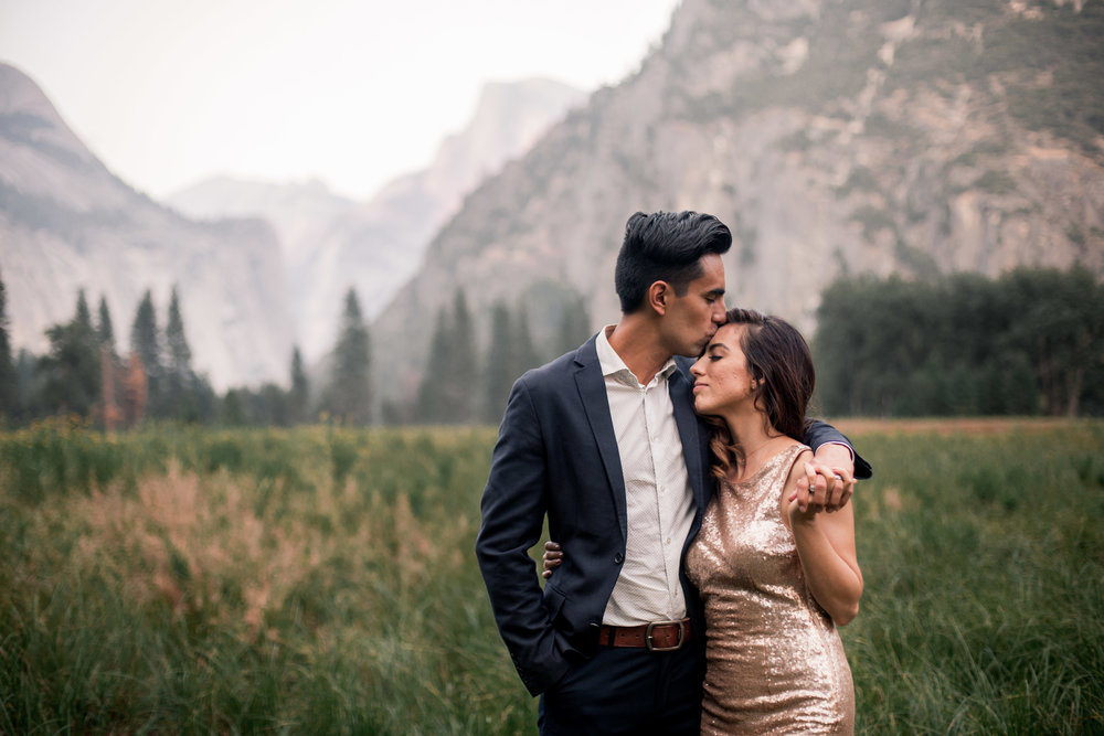 nicole-daacke-photography-yosemite-national-park-adventurous-engagement-session-half-dome-engagement-session-anniversary-photographer-yosemite-elopement-photographer-yosemite-intimate-wedding-photography-33.jpg