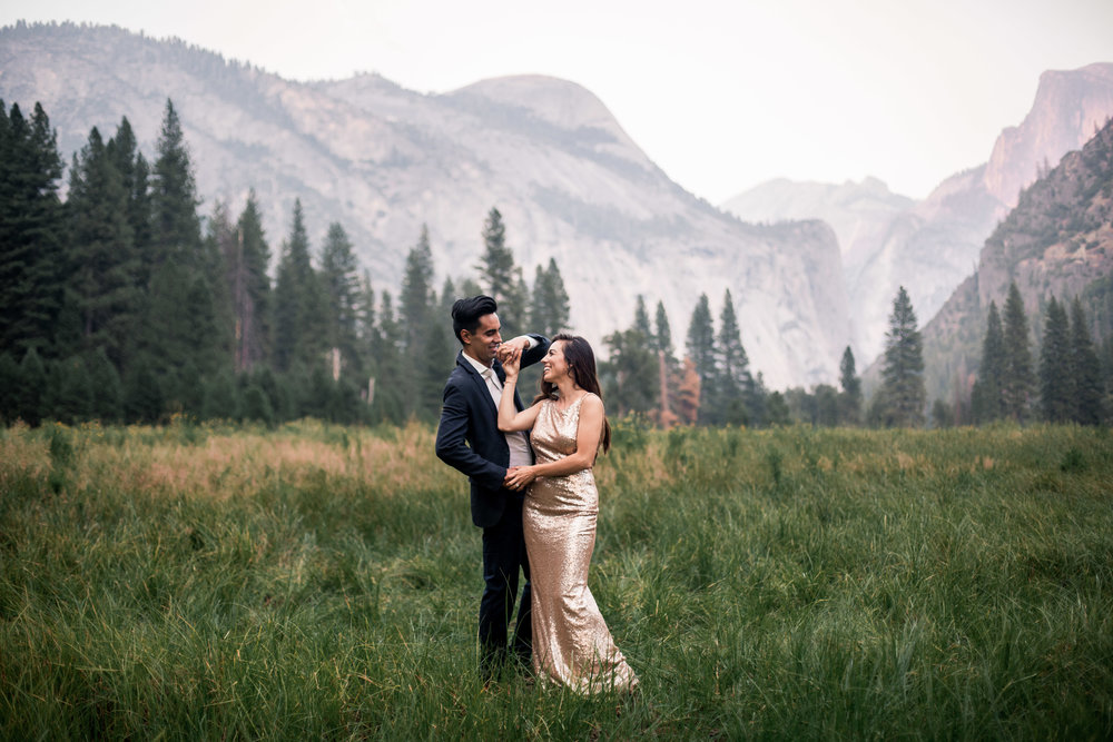 nicole-daacke-photography-yosemite-national-park-adventurous-engagement-session-half-dome-engagement-session-anniversary-photographer-yosemite-elopement-photographer-yosemite-intimate-wedding-photography-37.jpg