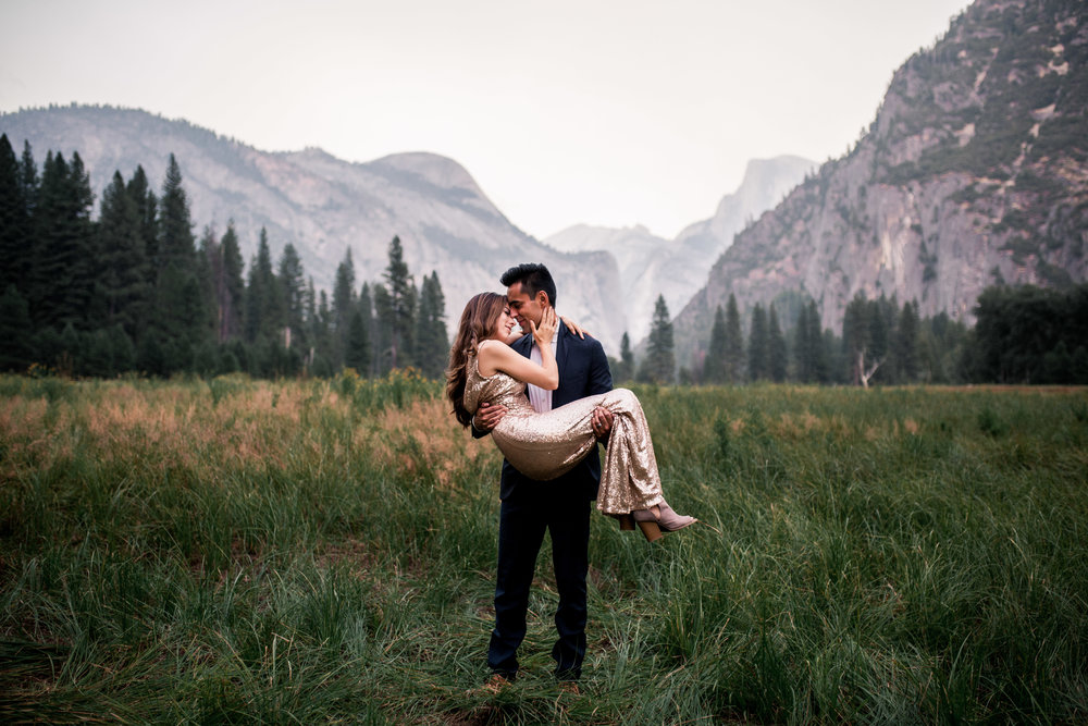 nicole-daacke-photography-yosemite-national-park-adventurous-engagement-session-half-dome-engagement-session-anniversary-photographer-yosemite-elopement-photographer-yosemite-intimate-wedding-photography-50.jpg