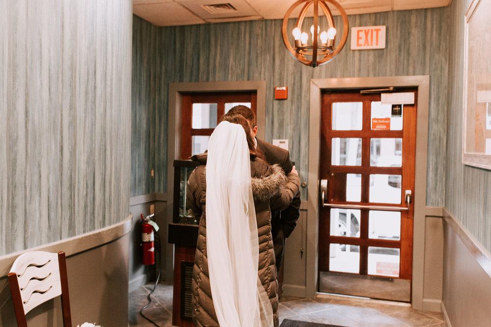 nicole-daacke-photography-boston-massachusetts-seaside-intimate-winter-wedding-photographer-35.jpg